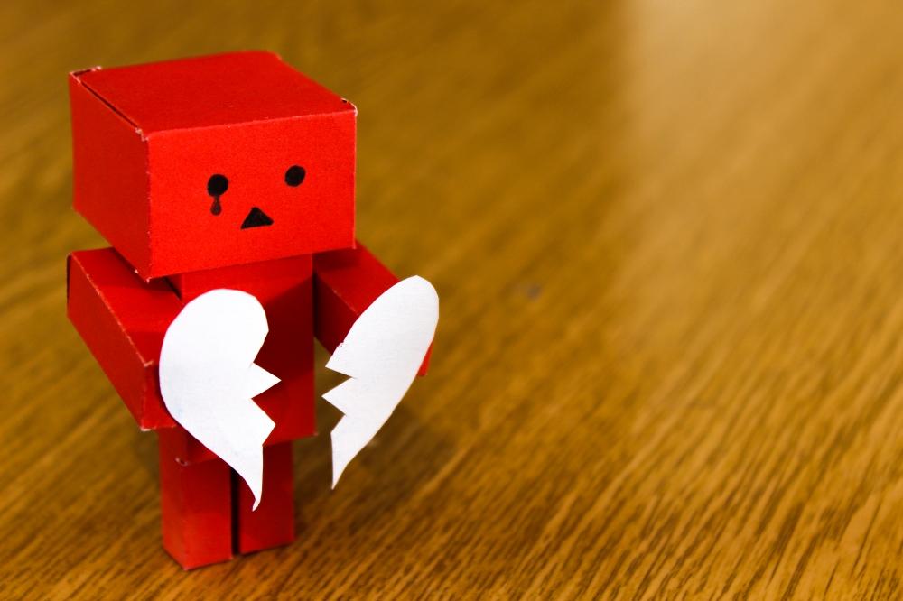 pexels-broken-heart-love-sad-14303